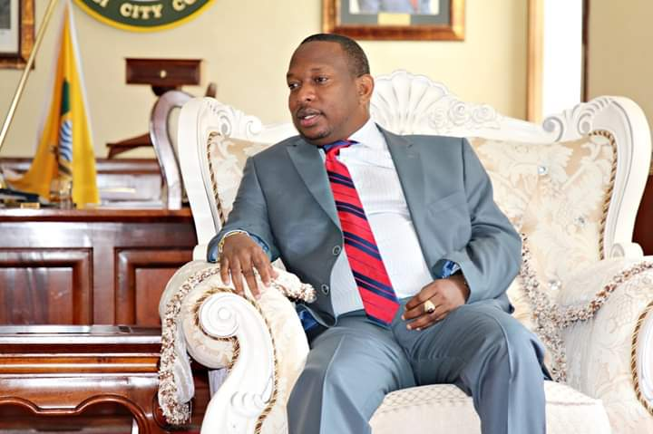 SONKO VERSUS BABAYAO: THE MAIN 10 DIFFERENCES 6