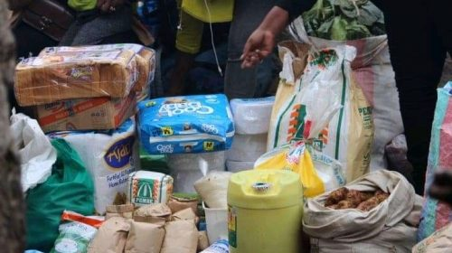 Footballers Donate Foodstuffs And Clothes To Orphaned Children 1