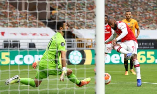 Gunners outwit The Wolves 6