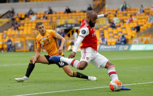 Gunners outwit The Wolves 5