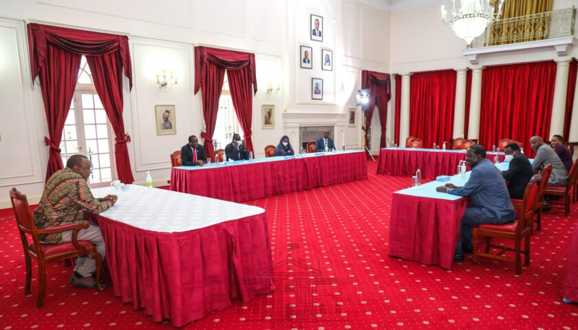 Profile photo of Uhuru Kenyatta and Raila Odinga at Statehouse.